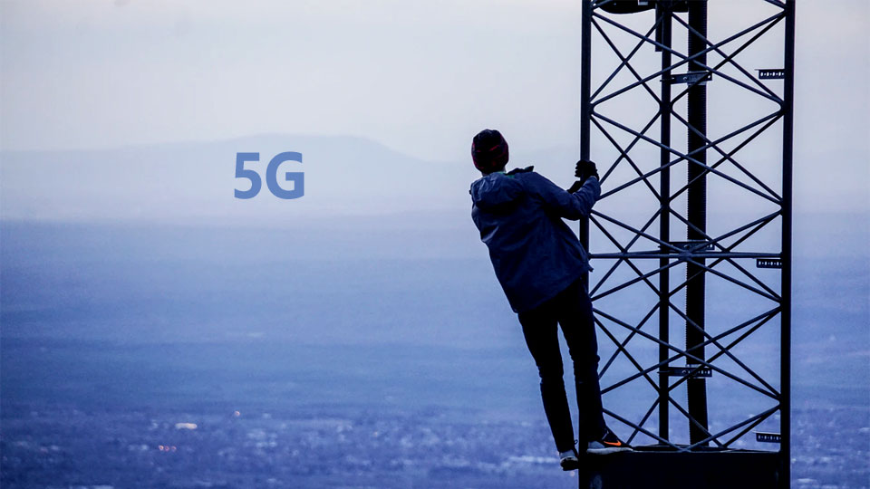 teenager on 5G telephone antenna