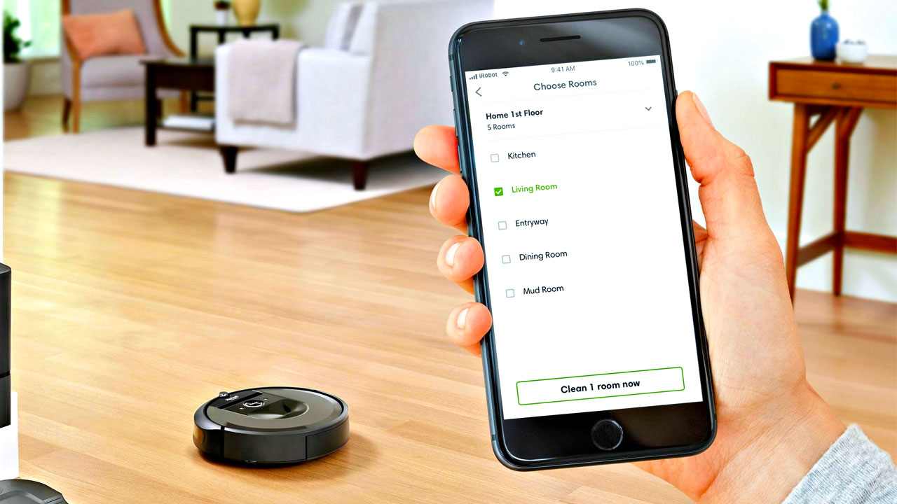 smartphone controlling the robot vacuum cleaner