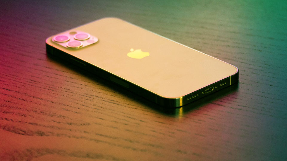 iphone 12 pro max on the table